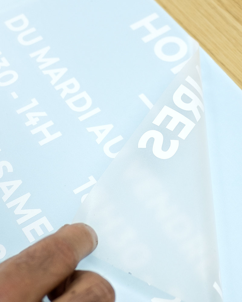 Lettres-relief-installation.gif