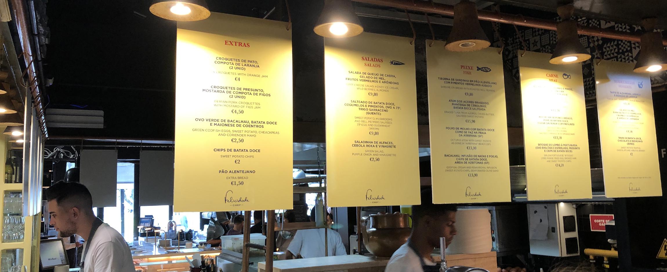menu-imprime-panneaux-suspendu-menuboard.jpg